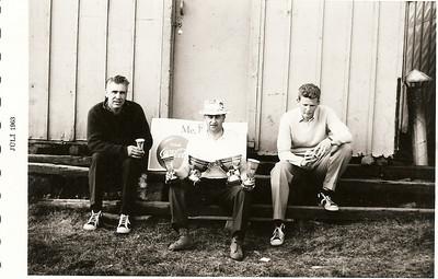 Verðlaunahafar í CocaCola open 1963: Gunnar Þorleifsson, Jóhann Eyjólfsson, sem vann bæði með- og án forgjafar, Óttar Yngvason.