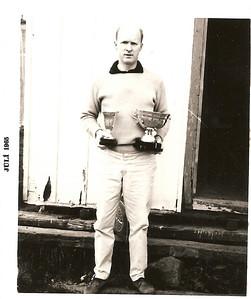 """1965. Ólafur Ágúst með """"Coca Cola"""" bikarinn."""