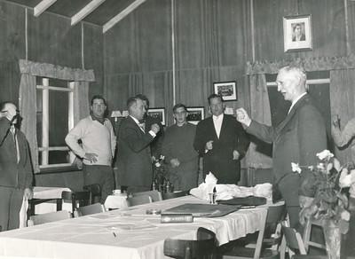 Í golfskálanum í Öskjuhlíð 1960..