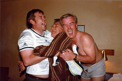 Sigri Tottenham fagnað í bikarkeppninni í ensku tuðrusparki 1981.