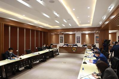 2021 оны хоёрдугаар сарын 1. Ерөнхий сайд Л.Оюун-Эрдэнэ ОБЕГ-т ажиллаа. ГЭРЭЛ ЗУРГИЙГ Б.БЯМБА-ОЧИР/MPA