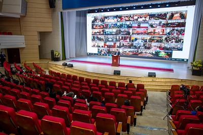 2020 оны гуравдугаар сарын 23.  МАН-ын V Бага хурал цахимаар хуралдаж өндөрлөлөө.  Хурлаас хэд хэдэн шийдвэр гаргасан байна. Тухайлбал, МАН УИХ-ын 2020 оны сонгуульд оролцохоо шийдсэн бөгөөд мөрийн хөтөлбөрөө баталж, аудитын байгууллагад хүргүүлэхэд бэлэн болгожээ. Мөн тус намаас УИХ-ын сонгуульд нэр дэвшүүлэх, санал хураах журмыг Бага хурлын гишүүдээрээ хэлэлцүүлэн баталсан байна. Түүнчлэн МАН аль нэг улс төрийн хүчинтэй нэгдэхгүй дангаараа ирэх сонгуульд оролцох шийдвэр гаргасан байна.     Ийнхүү эрх баригч МАН тавдугаар сард нэр дэвшигчдээ тодруулахаас өмнө дахин хуралдах шаардлагагүйгээр асуудлуудаа шийджээ.  Энэ удаагийн Бага хурлаар сонгуультай холбоотой асуудал хэлэлцэхээс гадна намын нарийн бичгийн дарга Ц.Бат-Энхийг чөлөөлж, орных нь хүнийг томилно гэдэг мэдээлэл байсан. Харин Ц.Бат-Энх Бага хурлын өмнө хуралдсан Удирдах зөвлөлд чөлөөлөгдөх хүсэлтээ өгснөөр энэ асуудал хэлэлцэгдэх шаардлагагүй болжээ. Түүний оронд хүн томилоогүй байна. ГЭРЭЛ ЗУРГИЙГ MPA