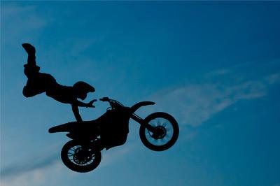 _RWC9493 moto cross stunt_2