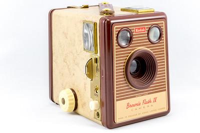Kodak Brownie Flash IV, 1957