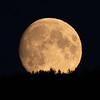 Månen opp over Slettefjell