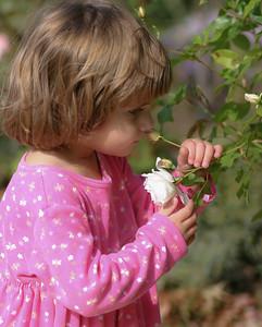 Kids_Flowers_2003_10_25_0009