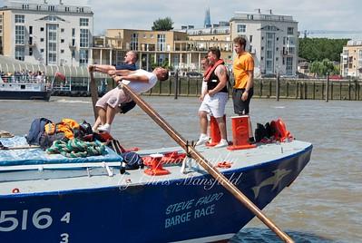 Barge race 09