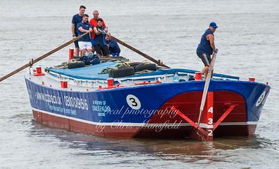 2016 Barge race 13