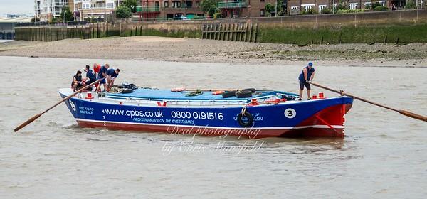 2016 Barge race 08