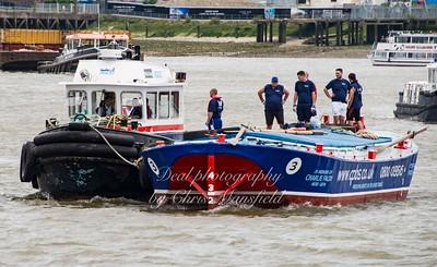 2016 Barge race 04