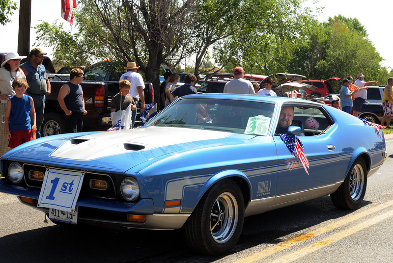 1st place winner - blue 1972 mustang