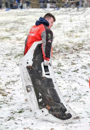 Feb 28th 2018 Abbey wood snow Chris Mansfield 18 car bonnet sled