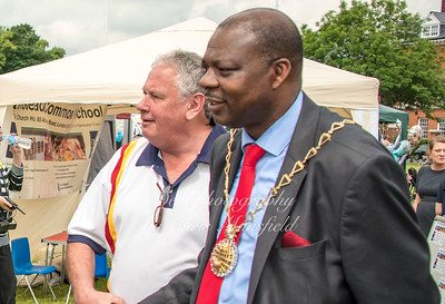 Don Austen and Mayor Olu Babatola