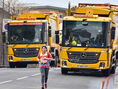 marathon 37 the last runner through Woolwich