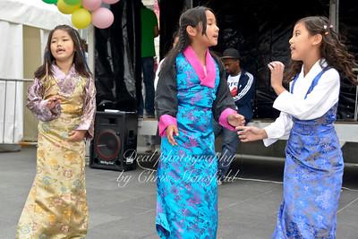 Tibetan dance 2