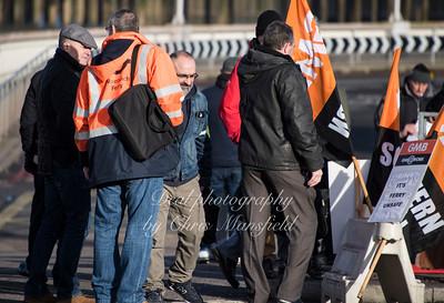 Feb 3rd 2017  woolwich ferry strike Mansfield 10