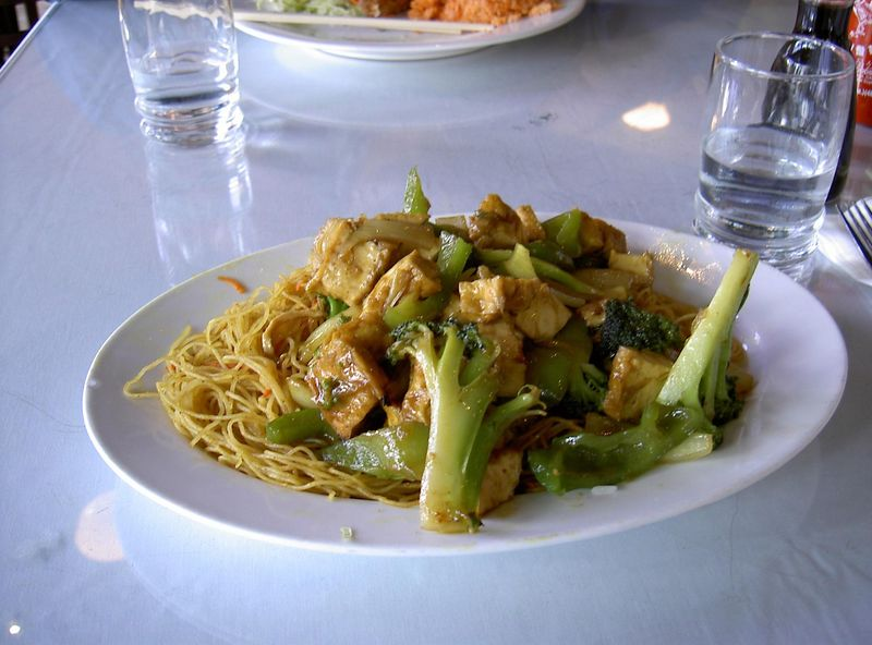 Curried Tofu Chow Mein at Le Cheval Restaurant in Oakland