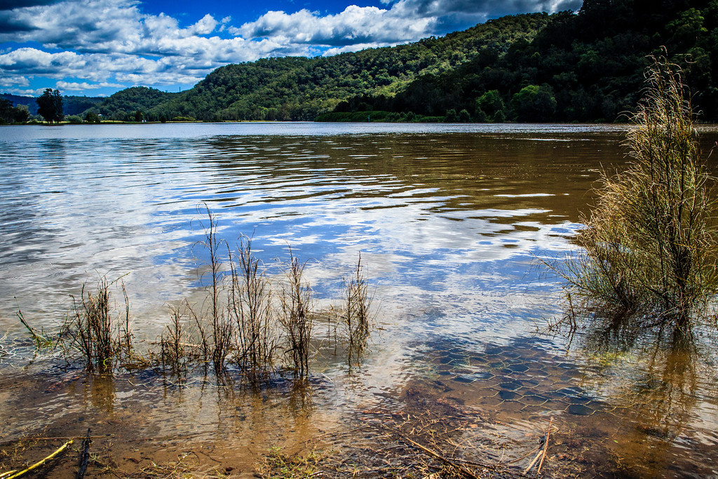 Wiseman's Ferry, Sydney, NSW, Australia<br /> The Hawkesbury River in flood.