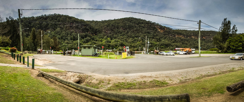 Wiseman's Ferry, Sydney, NSW, Australia<br /> Waiting for the ferry (to cross the Hawkesbury River).