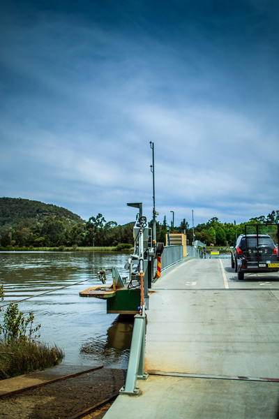 Wiseman's Ferry, Sydney<br /> Crossing the Hawkesbury River.