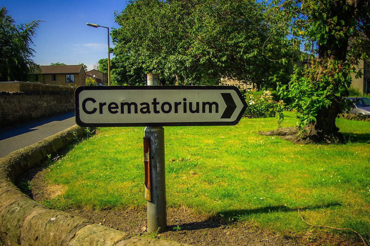 Sign to Warriston Crematorium, Edinburgh