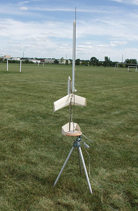 Mark Joseph's Edmonds Aerospace Arcie II radio-controlled boost glider on the pad before a test flight on August 7, 2004.  Photo by Greg Smith.