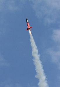 Christopher Deem's North Coast Rocketry Big Brute heads for the sky.  Photo by Greg Smith
