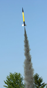 Greg Smith's BecTec WAC Corporal lifts off with an Aerotech G38-7FJ motor.  Photo by Greg Smith