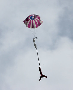 Recovery of Ben Schaap's Loadstar under a nice parachute.  Photo by Greg Smith