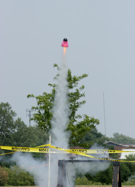 Liftoff of Jeff Deem's Mega Fun Bird -- a modified BecTec Flying Fun Bird with a cluster of three C6 motors.  Photo by Greg Smith
