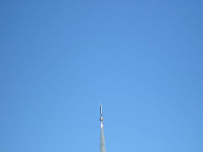 Jonathan Sivier's Air Spike on its way up.  Photo by Christopher Brian Deem OLYMPUS DIGITAL CAMERA