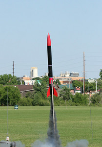 William Carney's North Coast Rocketry Phantom 4000 takes off.  Photo by Greg Smith