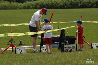 Young flyers set up Photo: Alan M. Carroll