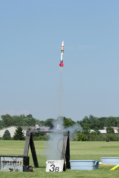 Mike Z's Patriot takes off with a C6-3.  Photo by Greg Smith