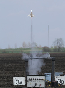 Liftoff of Mike Z's Airliner on an A10-3T motor.  This one is meant to fly vertically.  Photo by Greg Smith