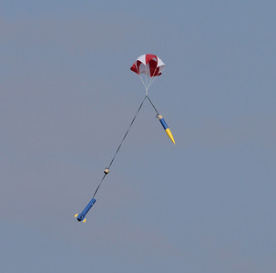 Recovery of Dean Babcock's Patriot after a flight to 1,115' with an H123 motor.  Photo by Greg Smith