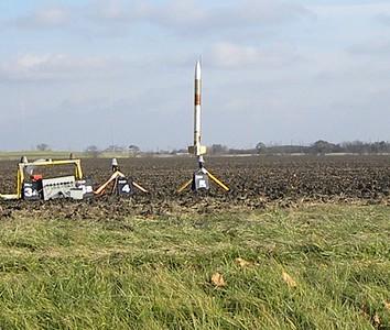 Jonathon Sivier's EZI-65 on a H242T.