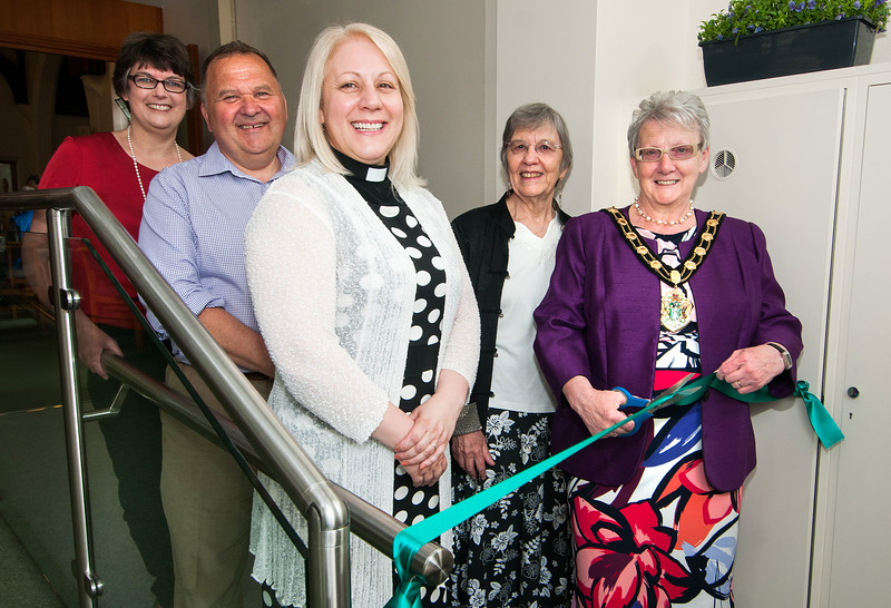 Test Valley Mayor Cllr Iris Anderson cuts the ribbon to officially open the new foyer area of Bridge Street Methodist Church in Andover to mark the church's 110th anniversary. Also picture (l to r) are Caroline Stone, Malcolm Cummins, Rev Carmel Ieraci and Ann Hopwood. 7th May, 2016 - Picture Andy Brooks