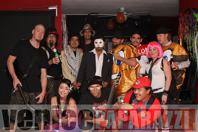10 31 08  Venice Boardwalk Halloween Party  Reggae  latin music by Metzclef, and Punk Rock Musice by Punk for Life (34)