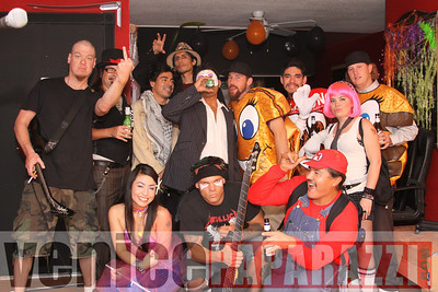 10 31 08  Venice Boardwalk Halloween Party  Reggae  latin music by Metzclef, and Punk Rock Musice by Punk for Life (37)