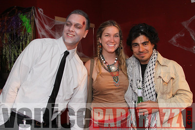 10 31 08  Venice Boardwalk Halloween Party  Reggae  latin music by Metzclef, and Punk Rock Musice by Punk for Life (38)