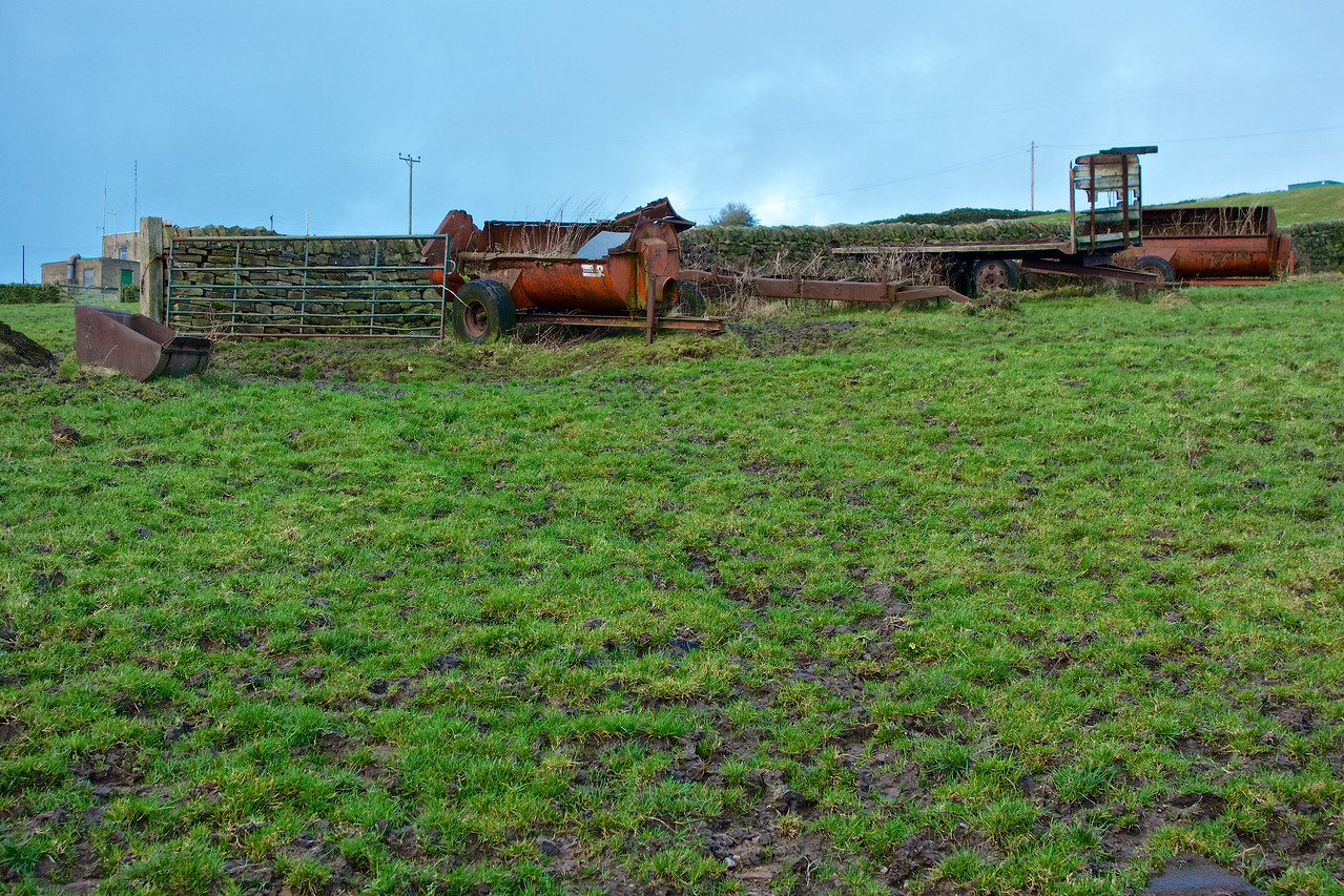 Muck spreaders above Riddlesden on New Year's Day 2013