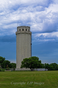 Waldo Tower.  Kansas City, Missouri