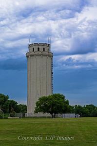Waldo Tower.  Kansas City, Missouri