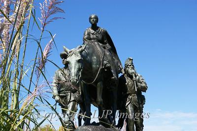 Pioneer Mothers Memorial, sculpted by Alexander Phimister Proctor in 1927. Penn Valley Park, Kansas City, Missouri.