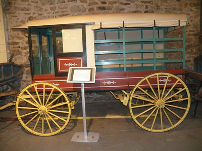 horse-drawn huckster wagon built by the Hamburg Carriage Works, Hamburg, Pennsylvania, circa 1900