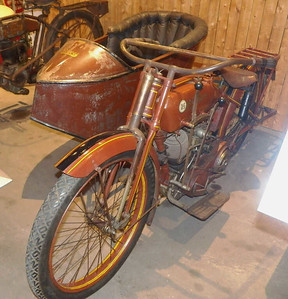 1916 Reading Standard Company motorcycle, with sidecar