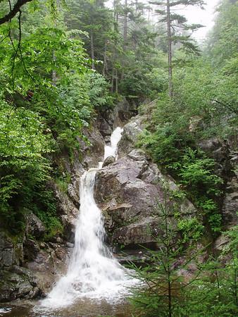 Mizpah Hut Hike - July '06