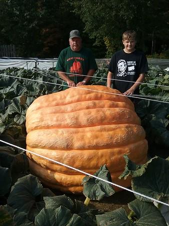 100217 Pumpkins for Huntsburg Festival