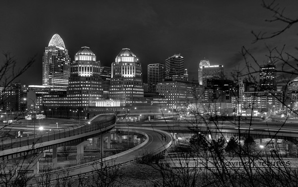 Skyline view from Mt. Adams - black & white